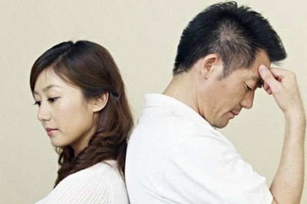 Phải làm gì khi chồng không còn yêu vợ