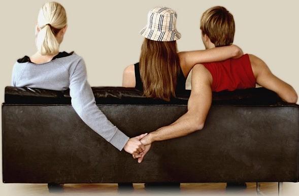 chồng ngoại tình với bạn thân