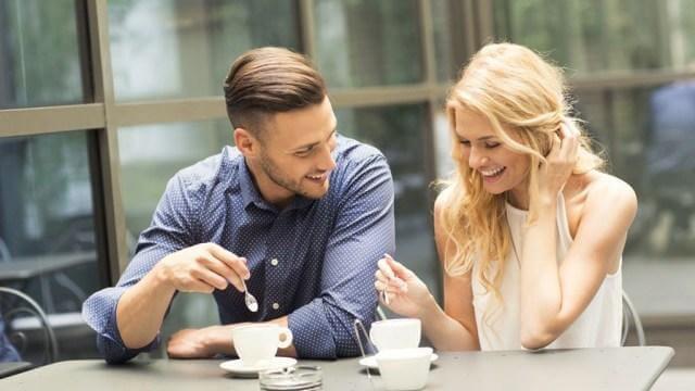 Cách nhận biết phụ nữ đã quan hệ nhiều lần khi nói chuyện